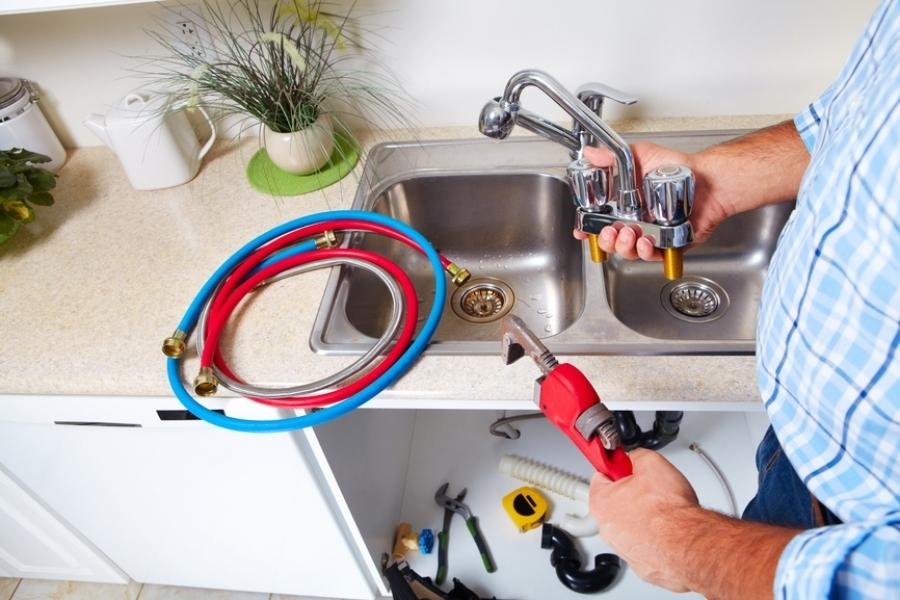 Подмяна на мивки и смесители